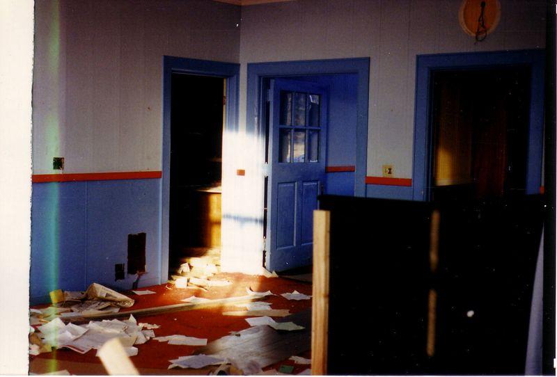 WFBL abandoned studio building 1986