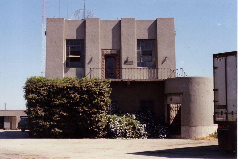 KFI, Los Angeles, 1989