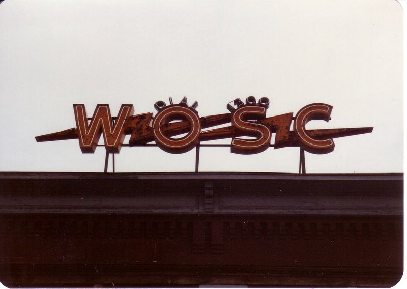 WOSC in neon